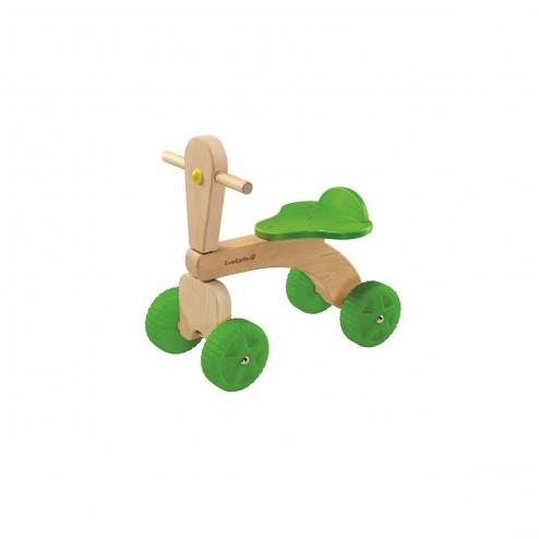 木製四輪車